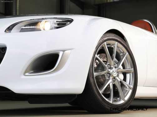 Mazda-MX-5_Superlight_Concept_2009_1600x1200_wallpaper_31