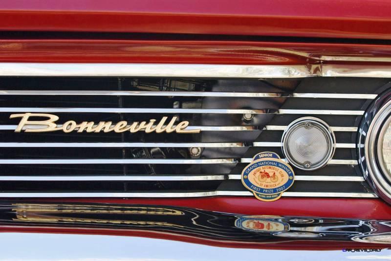 1960 Pontiac Bonneville Sport Coupe 6