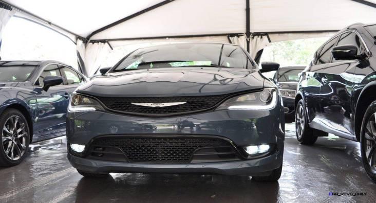 2015 Chrysler 200S Ceramic Blue 12