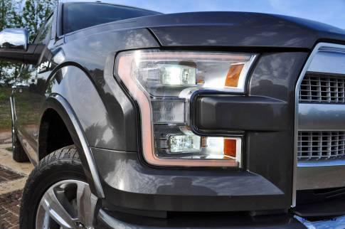 2015 Ford F-150 Platinum 4x4 Supercrew Review 36