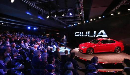 2016 Alfa Romeo GUILIA Quadrifoglio 13