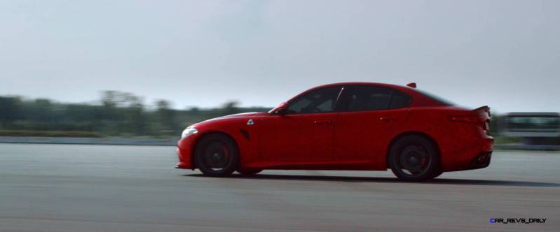 2016 Alfa Romeo Guilia Dynamic Screencaps 35