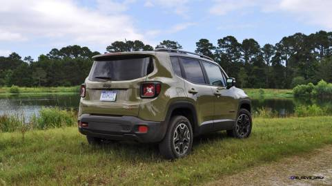 2015 Jeep RENEGADE Trailhawk Review 11