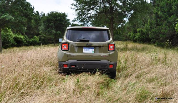2015 Jeep RENEGADE Trailhawk Review 30