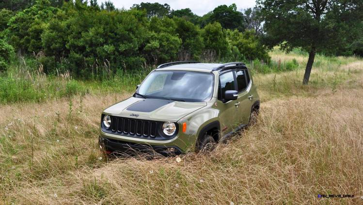 2015 Jeep RENEGADE Trailhawk Review 35