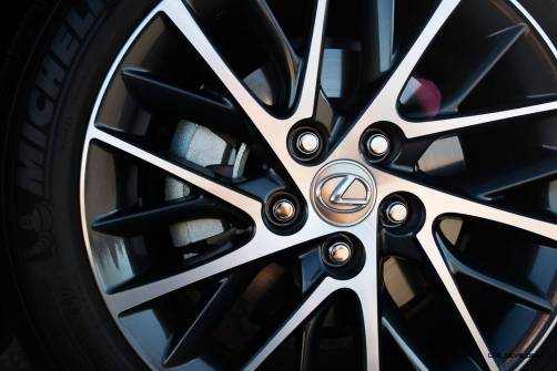 2016_Lexus_ES_350_011_C9B502664D6253DFE1FEC318511444F645A0073D