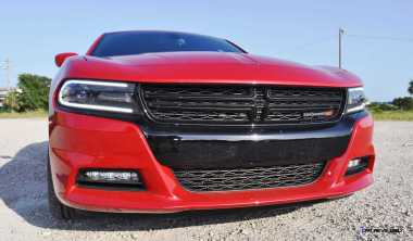 2015 Dodge CHARGER RT 46