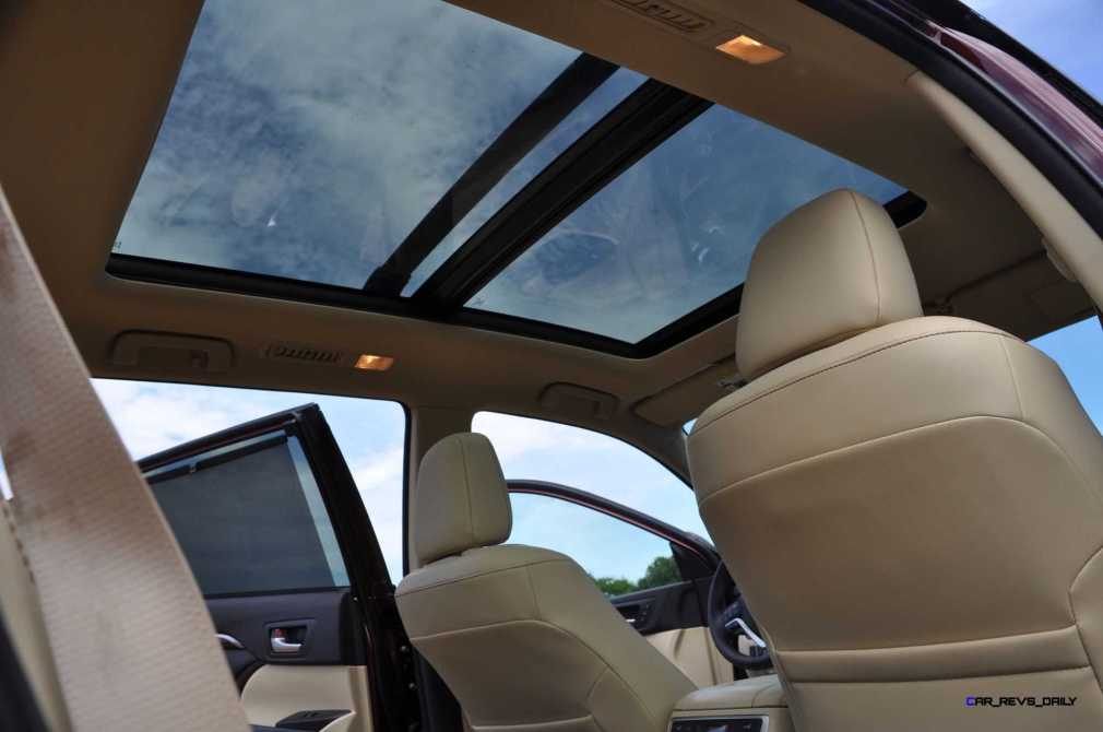 2015 Toyota Highlander AWD Limited - Interior Photos 4