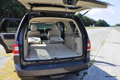 2015 Lincoln NAVIGATOR 4x4 Reserve - Interior Photos 2