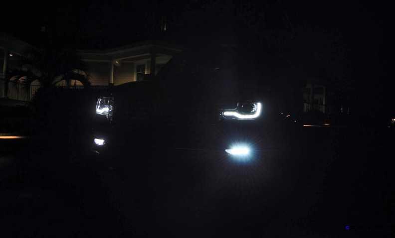 2015 Lincoln NAVIGATOR 4x4 Reserve LED Lighting Photos 10