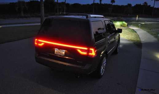2015 Lincoln NAVIGATOR 4x4 Reserve LED Lighting Photos 18