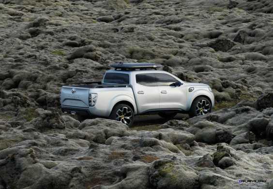 2015 Renault ALASKAN 12