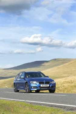 2016 BMW 330d xDrive Touring 17