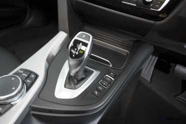 2016 BMW 340i 41
