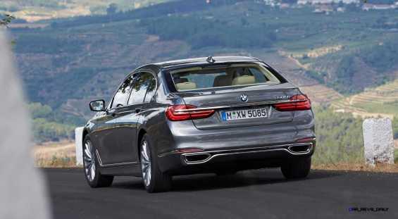 2016 BMW 750Li Exterior Photos 121
