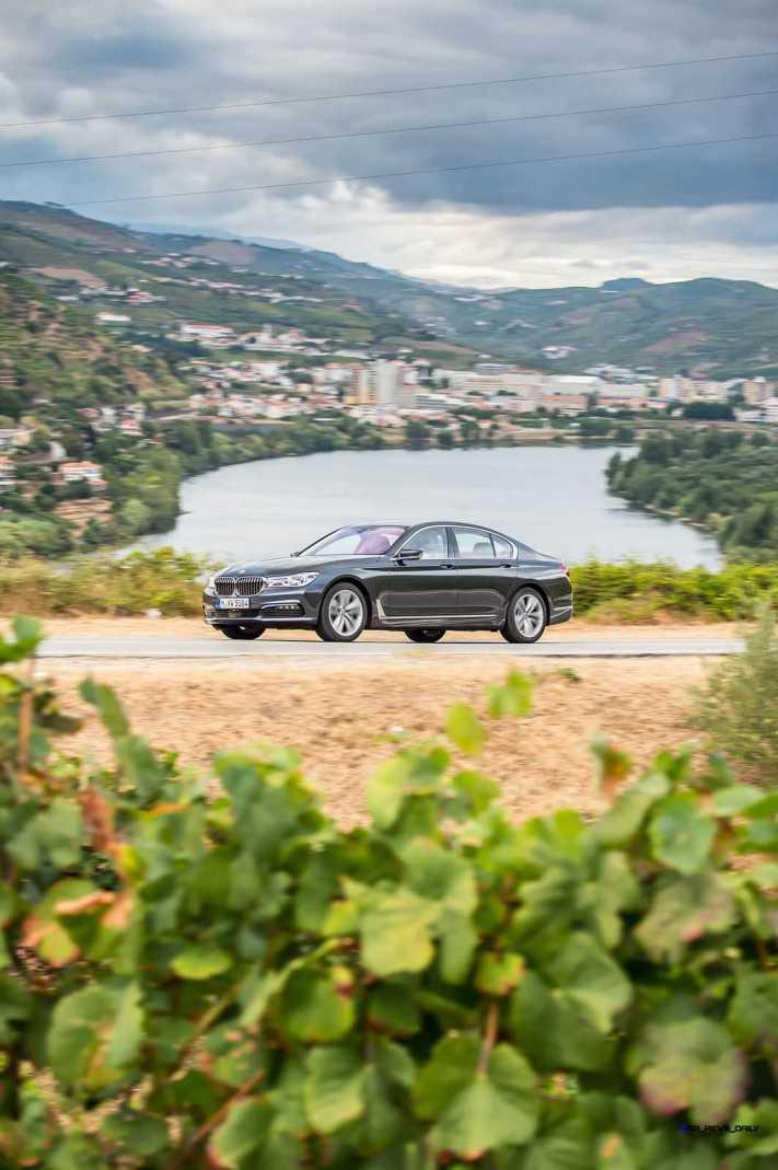 2016 BMW 750Li Exterior Photos 46