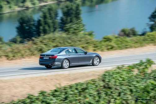 2016 BMW 750Li Exterior Photos 54