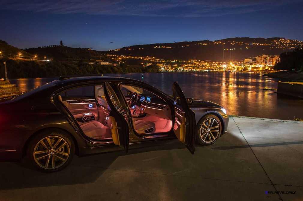 2016 BMW 750Li Interior 32