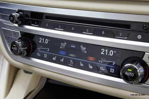 2016 BMW 750Li Interior 39