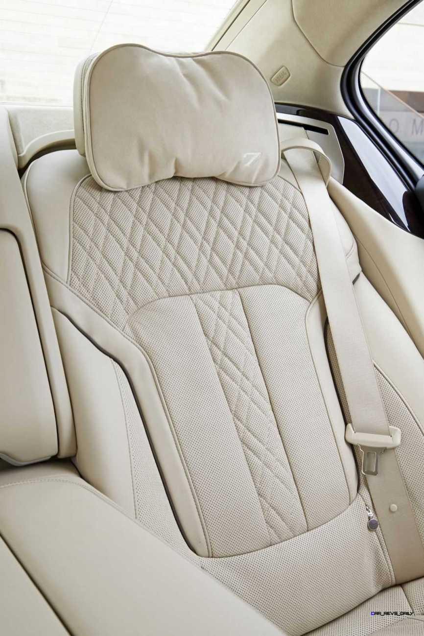 2016 BMW 750Li Interior 44