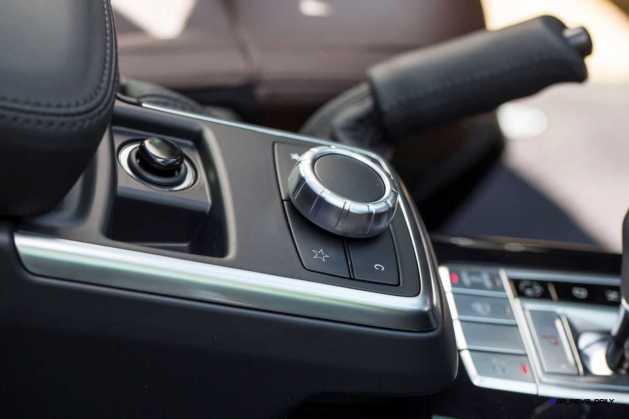 2016 Mercedes-Benz G-Class G500 G63 32