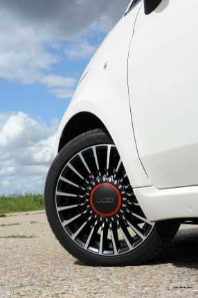 2017 FIAT 500 53