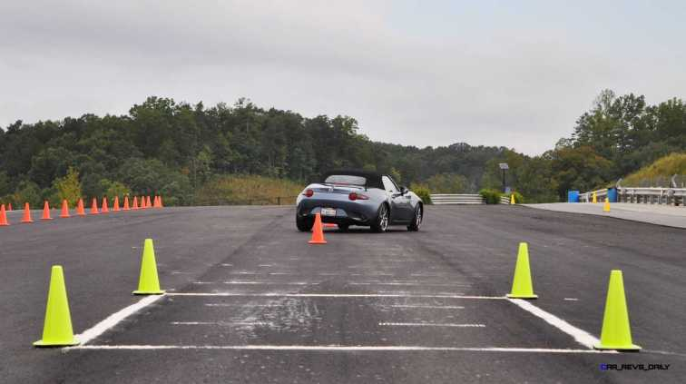 HD First Track Drive Review - 2016 Mazda MX-5 18