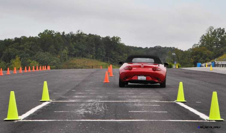 HD First Track Drive Review - 2016 Mazda MX-5 31