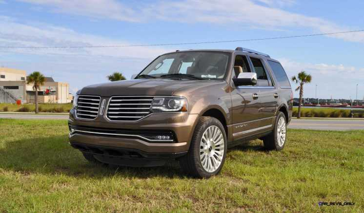HD Road Test Review - 2015 Lincoln NAVIGATOR 4x4 Reserve 14