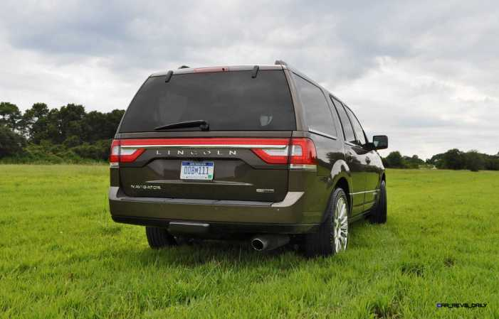 HD Road Test Review - 2015 Lincoln NAVIGATOR 4x4 Reserve 40