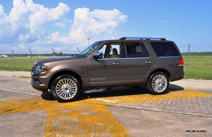 HD Road Test Review - 2015 Lincoln NAVIGATOR 4x4 Reserve 89