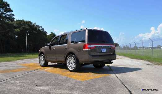HD Road Test Review - 2015 Lincoln NAVIGATOR 4x4 Reserve 93