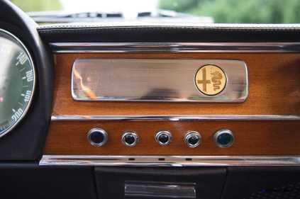 1966 Alfa Romeo Giulia Super POLIZIA SQUADRA VOLANTE 19