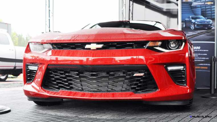 2016 Chevrolet CAMARO SS Shows Chisel-Flow Redesign at Petit Le Mans 5