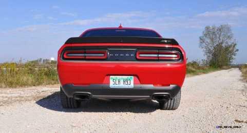 2016 Dodge Challenger SRT Hellcat 21