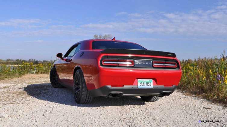 2016 Dodge Challenger SRT Hellcat 23