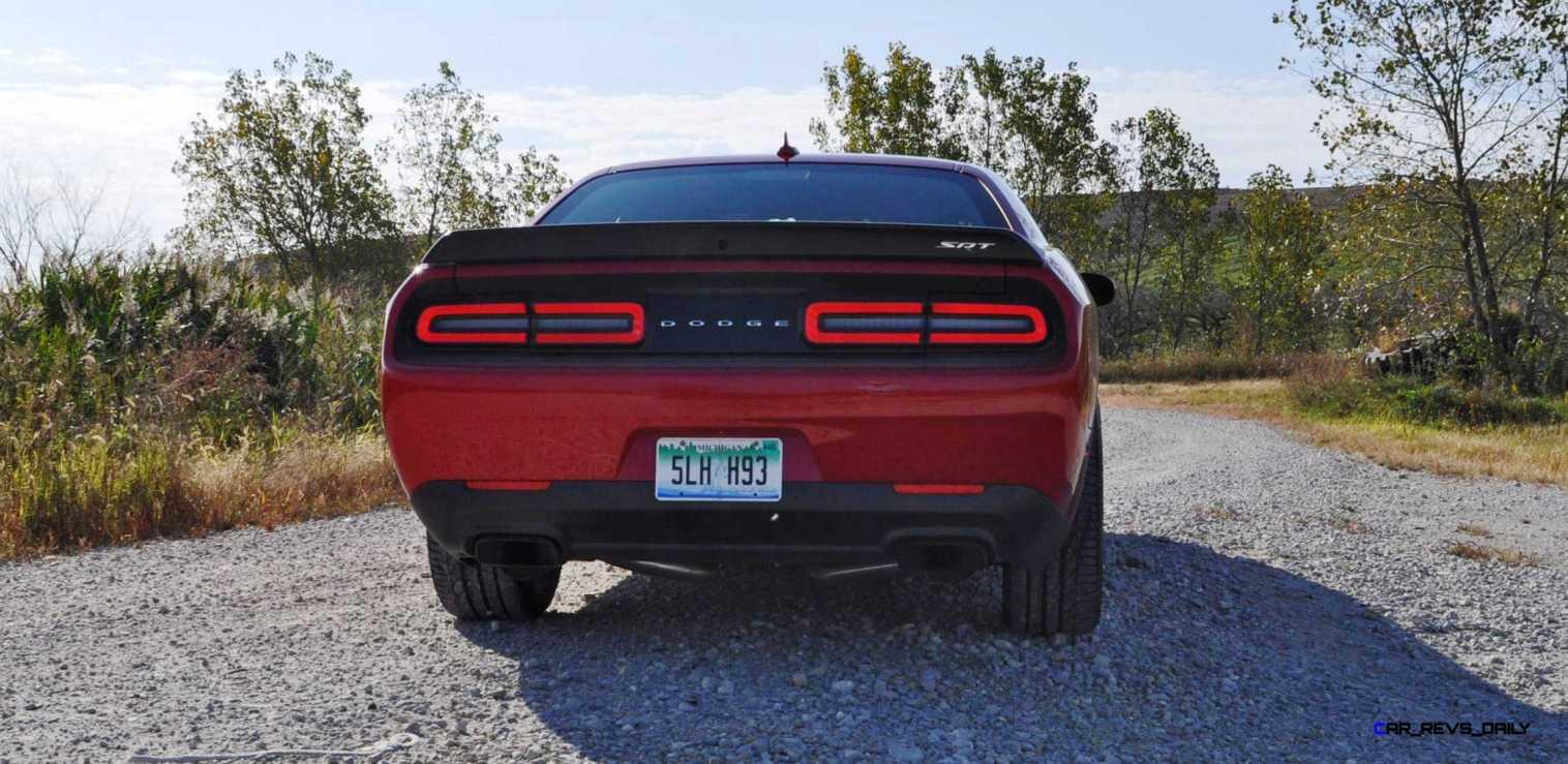 2016 Dodge Challenger SRT Hellcat 99