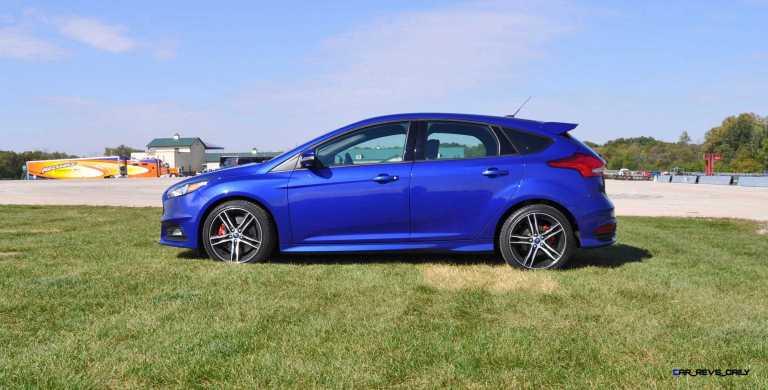 2016 Ford FOCUS ST Kona Blue 51