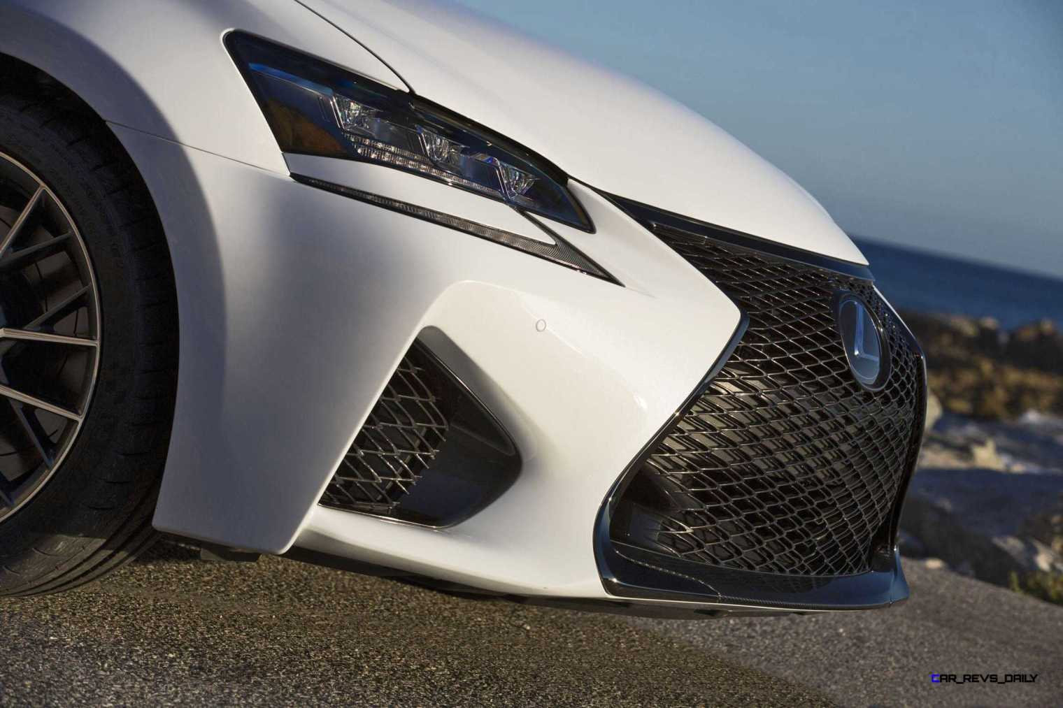 2016 Lexus GS-F 29