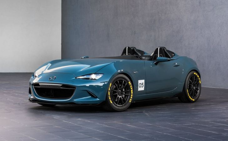 2016 Mazda MX-5 Spyder Versus MX-5 Speedster Concepts 4
