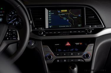 2017 Hyundai ELANTRA Sedan Interior 17