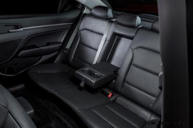2017 Hyundai ELANTRA Sedan Interior 18