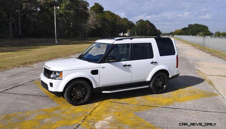 2016 Land Rover LR4 Discovery HSE Black Package 25
