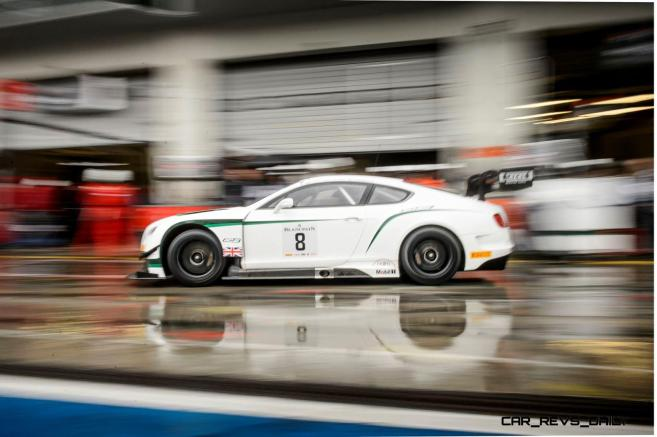 Bentley celebrates season finale with two Championship second places