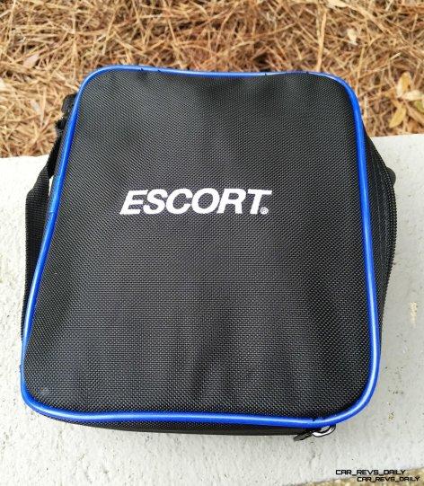 Car-Revs-Daily.com ESCORT Max360 img2