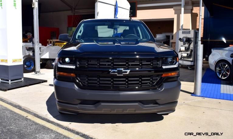 2016 Chevrolet SILVERADO 1500 Black Out Edition 12
