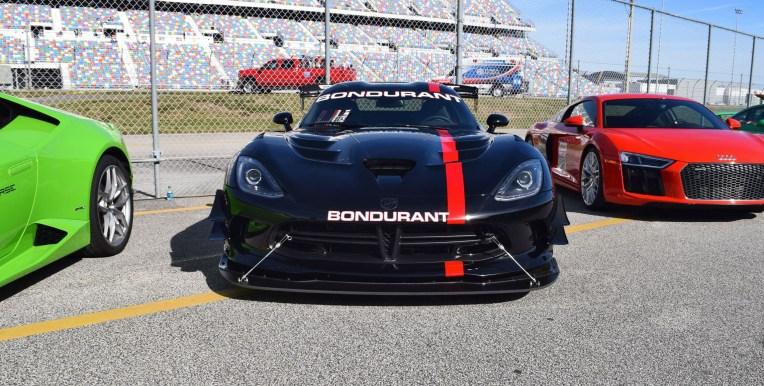 2016 Dodge VIPER ACR - Bondurant Black 29