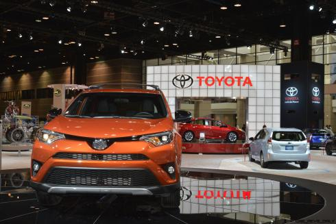 2016 Toyota RAV4 SE 3