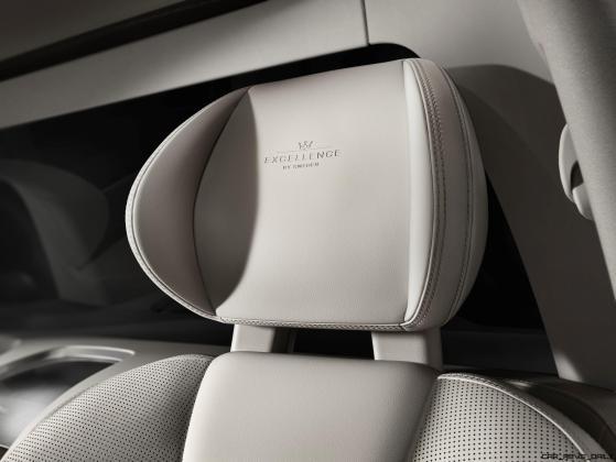 180553_Volvo_XC90_Excellence_interior