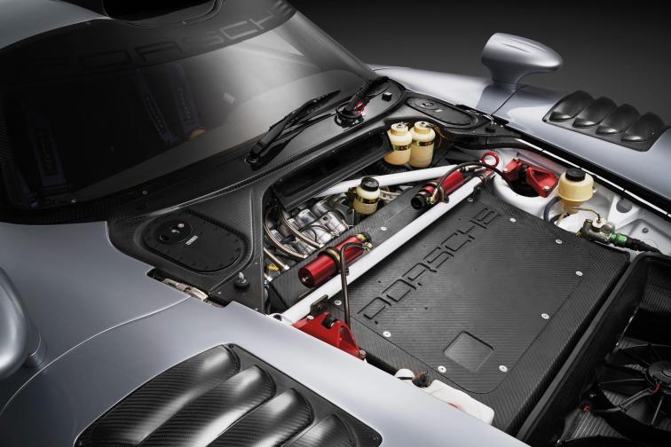 1997 Porsche 911 GT1 Evolution 24